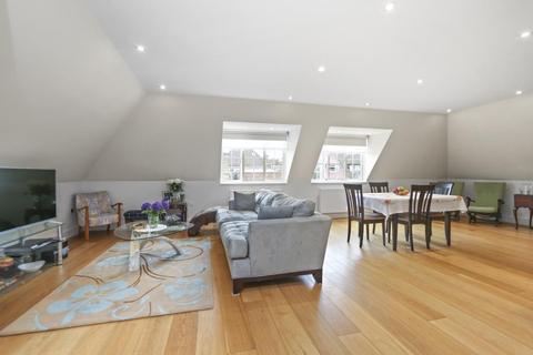 3 bedroom apartment to rent - Beechcroft Avenue, Golders Green, NW1