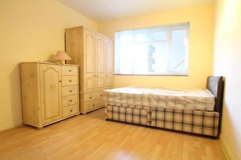 2 bedroom terraced house to rent - Lakeview Road, West Norwood, London, SE27 0QH