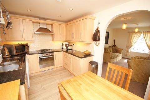 2 bedroom flat for sale - Royffe Way, Bodmin