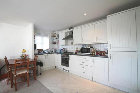 2 bedroom flat to rent - Shinfield Park, Reading