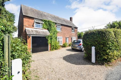 4 bedroom cottage for sale - Totham Hill Green, Great Totham