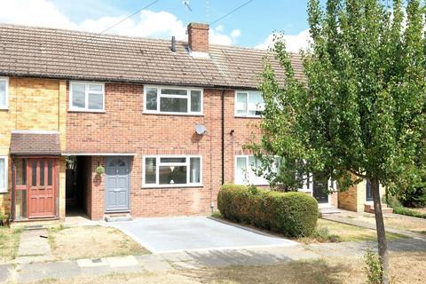 3 bedroom terraced house for sale - Ash Grove, Moulsham Lodge, Chelmsford, CM2
