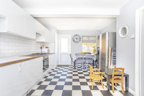 2 bedroom terraced house for sale - Stephens Road, Brighton