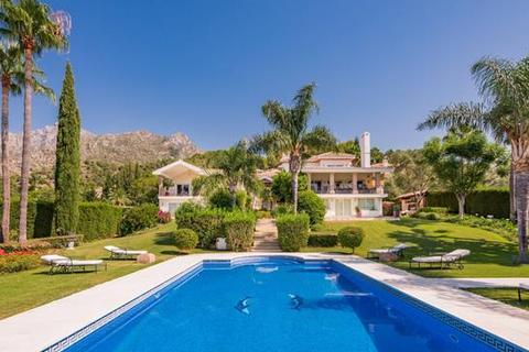 7 bedroom villa - Cascada de Camojan, Marbella, Malaga