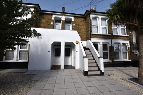 1 bedroom apartment to rent - Goldsmith Road, Leyton