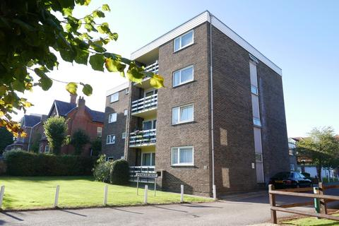 2 bedroom flat to rent - Southampton  Winn Road  FURNISHED/ PART FURNISHED