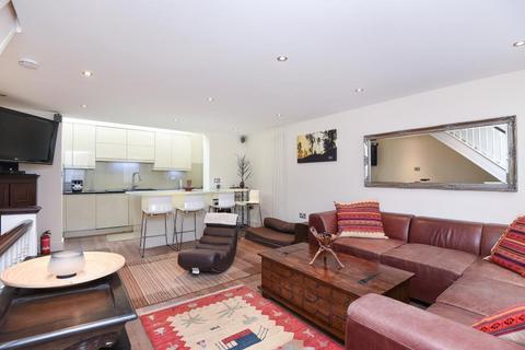 2 bedroom terraced house to rent - Malvern Mews,  Malvern Mews,  NW6