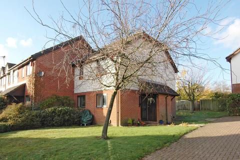 1 bedroom semi-detached house for sale - Sandringham Road, Petrsfield GU32