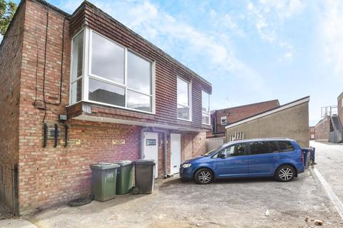 2 bedroom apartment to rent - London Road, Headington, OX3