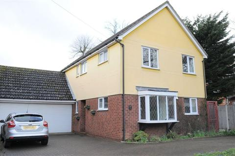 4 bedroom detached house to rent - Oaklea Avenue, Springfield, Chelmsford, Essex