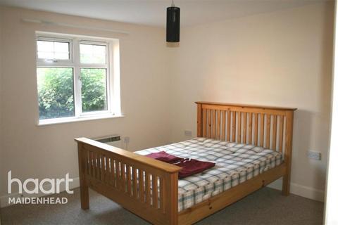 1 bedroom flat to rent - Brockton Court Maidenhead, SL6 1JU