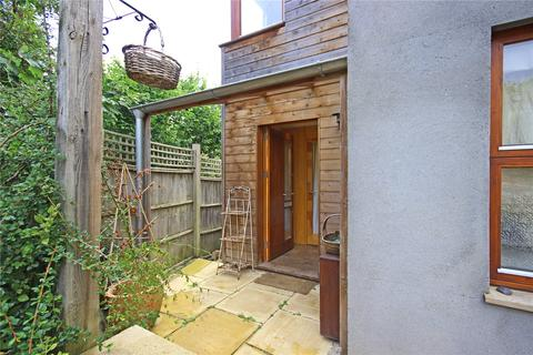 3 bedroom end of terrace house to rent - Hopetoun Road, St. Werburghs, Bristol, City of, BS2