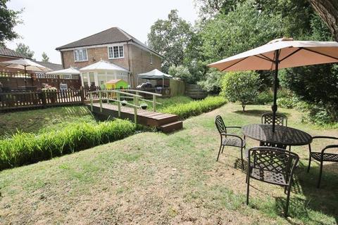2 bedroom semi-detached house for sale - Payton Drive, Burgess Hill, West Sussex