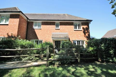 3 bedroom semi-detached house for sale - Sycamore Drive, Burgess Hill, West Sussex