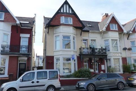 12 bedroom end of terrace house for sale - 27 Mary Street, Porthcawl, Bridgend, Bridgend County. CF36 3YN