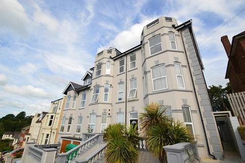 3 bedroom flat to rent - Ashburnham Road, Hastings, East Sussex, TN35 5JN