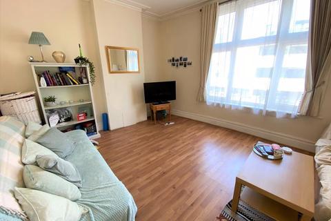 2 bedroom flat to rent - Amen Corner, Tooting, SW17 9JE
