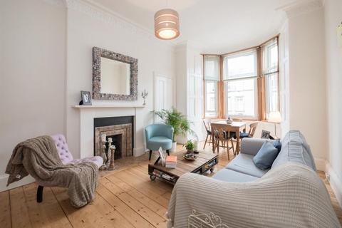 2 bedroom flat to rent - BRUNTON TERRACE, HILLSIDE, EH7 5EQ
