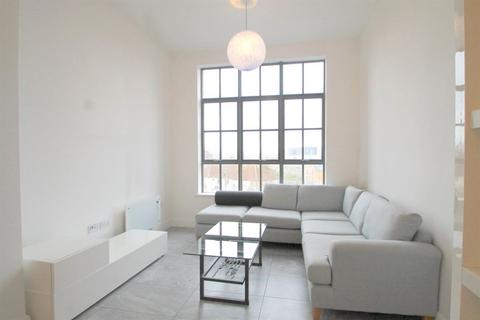 2 bedroom flat to rent - Empire House, Mount Stuart Square, Cardiff Bay