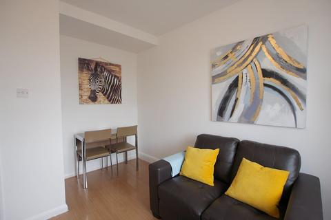 1 bedroom apartment to rent - Commercial Road, Limehouse