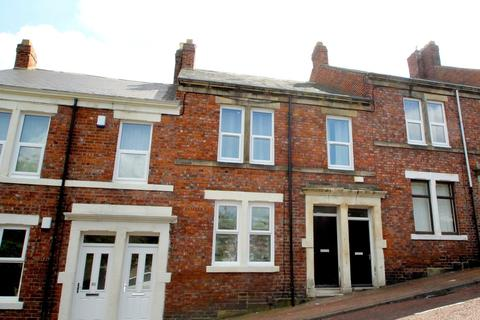 2 bedroom flat share to rent - Moore Street, Felling