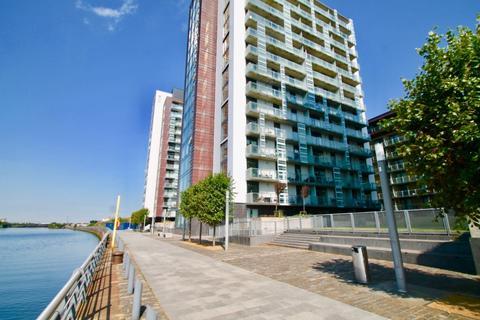 2 bedroom flat to rent - Meadowside Quay Walk, Glasgow, G11 6DL