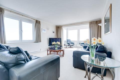 4 bedroom apartment to rent - Cavendish House, Kings Road, Brighton, BN1