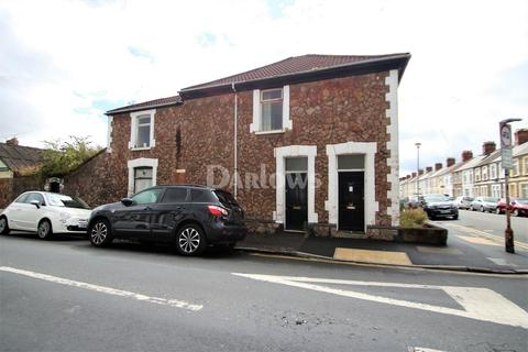 2 bedroom flat for sale - Inverness Place, Roath, Cardiff