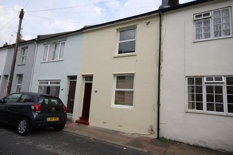 2 bedroom terraced house to rent - Holland Street, Brighton BN2