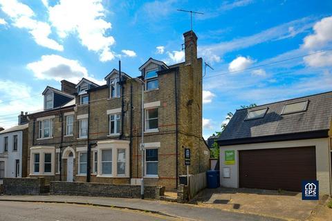2 bedroom apartment to rent - Alpha Road, CB4