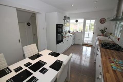 2 bedroom detached bungalow for sale - Burnside Crescent, Chelmsford