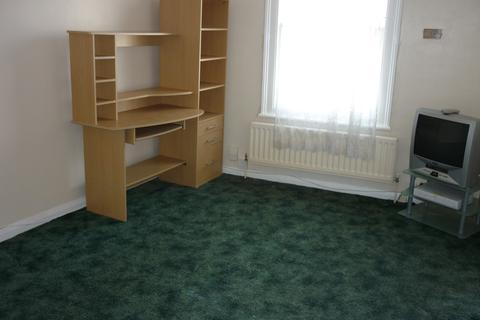 1 bedroom flat - Courthill Road SE13