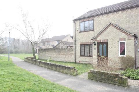 3 bedroom semi-detached house to rent - Nightingale Crescent