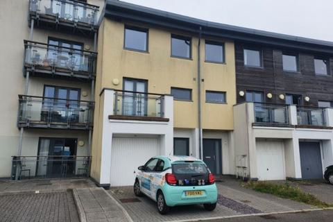 4 bedroom apartment to rent - St Stephens Court, Marina, Swansea, SA1 1SG