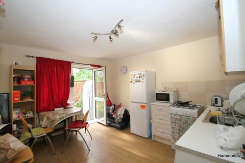 1 bedroom flat to rent - Waddington Street, London