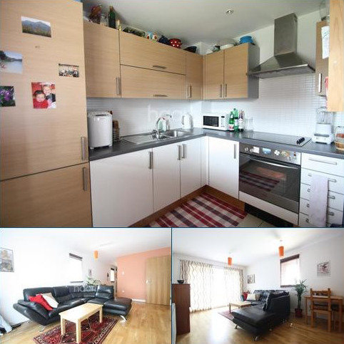 2 bedroom flat to rent - Frome Court - Riverside Close - RM1