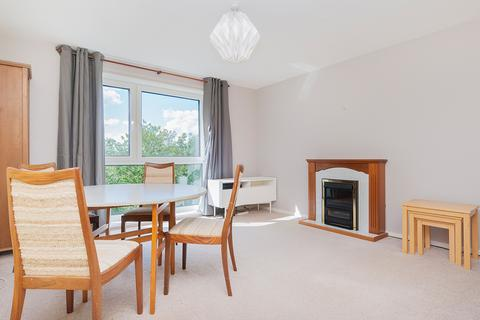 3 bedroom flat to rent - Craigmount Hill, Edinburgh EH4