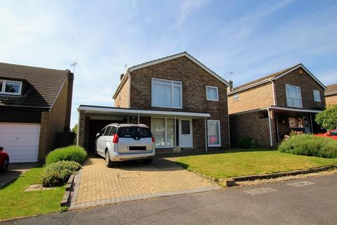 4 bedroom detached house to rent - Pembridge Close