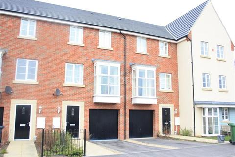 4 bedroom terraced house to rent - Molyneux Square