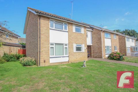 4 bedroom link detached house for sale - Leigh Rodd, Carpenders Park, WD19