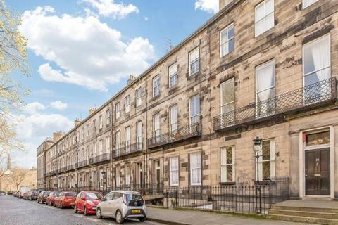 2 bedroom flat to rent - Fettes Row, New Town, Edinburgh, EH3 6SF