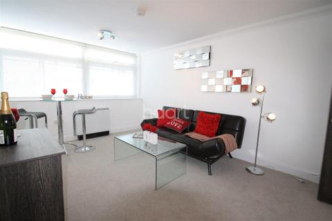 Studio to rent - Earlham House, Earlham Road