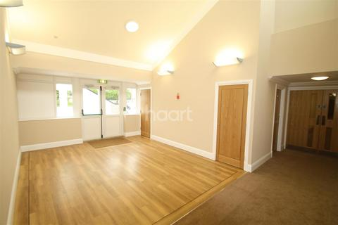 Studio to rent - Earlham Road, Golden Triangle