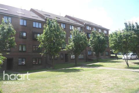 1 bedroom flat to rent - Buckland Hill, ME16