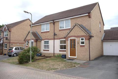 2 bedroom detached house to rent - Swallow Close, Greater Leys, Oxford, OX4