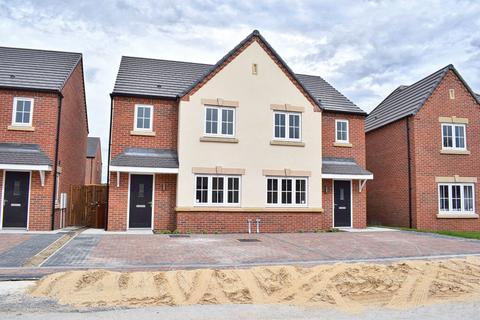 3 bedroom semi-detached house to rent - Skelton Garth, Pocklington