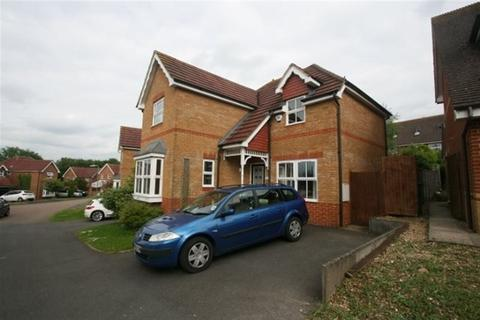 3 bedroom detached house to rent - PARTRIDGE CLOSE, KEMPSHOTT