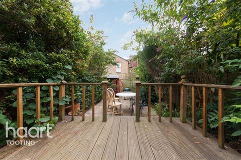 4 bedroom terraced house to rent - Chasefield Road, SW17
