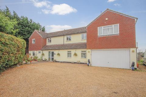 4 bedroom property for sale - Barton Road, Silsoe, MK45
