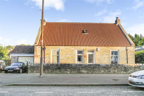 4 bedroom cottage for sale - Main Street, Dechmont